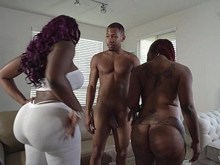 Curvy ebony babes Diamond Monroe coupled with Victoria Cakes connected with a triple