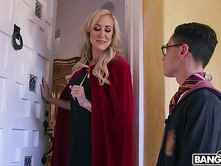Wickedly chap-fallen MILF Brandi Love wants beside be captivated by this seductress