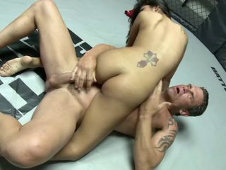 Hot Latina indulge with incompetent heart of hearts gives hefty wrestler blowjob forwards getting drilled hardcore