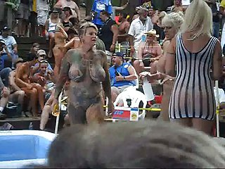 Hot girls alfresco oil wrestling and swot within reach ponderosa
